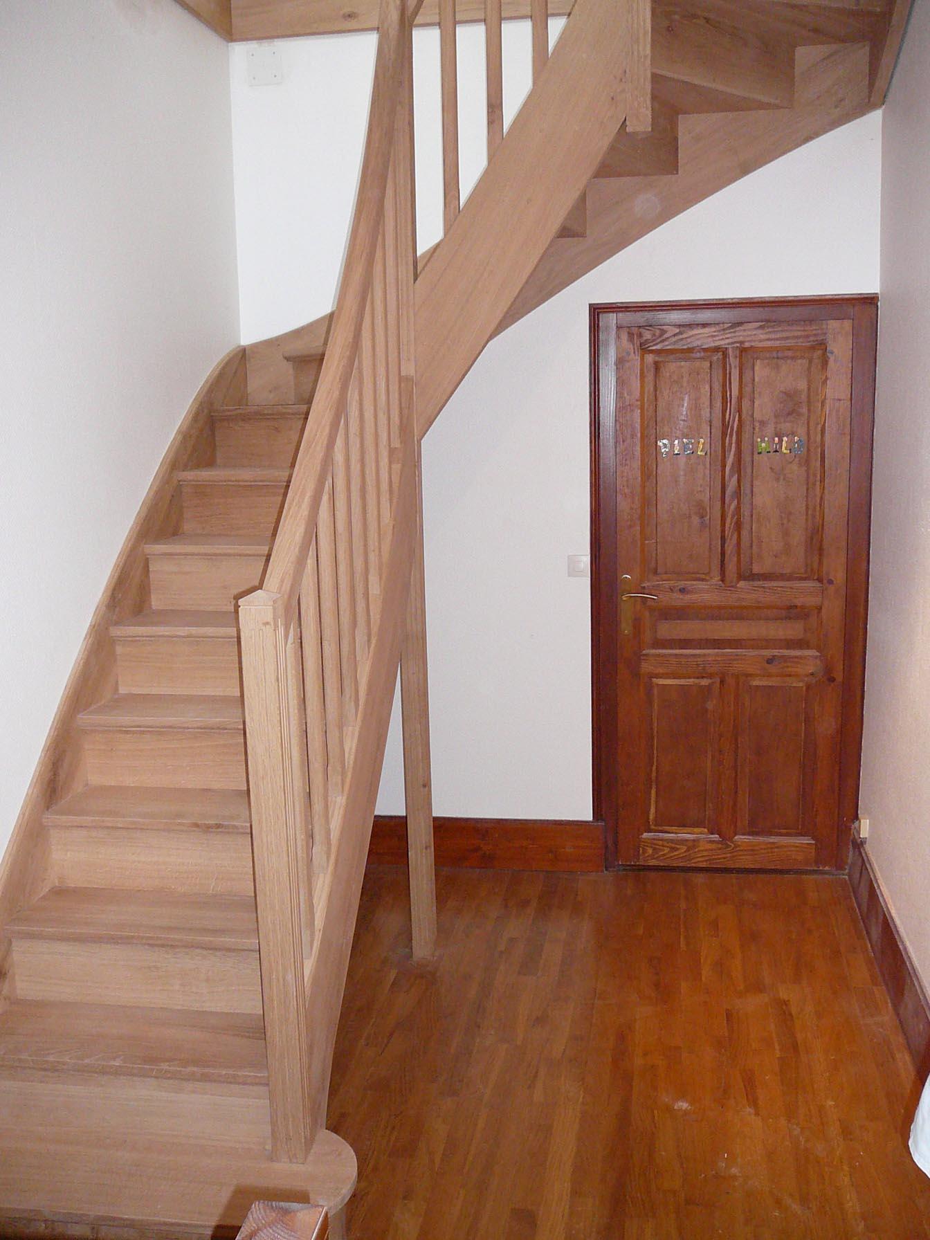 Ancey escalier en chêne double quart tournant