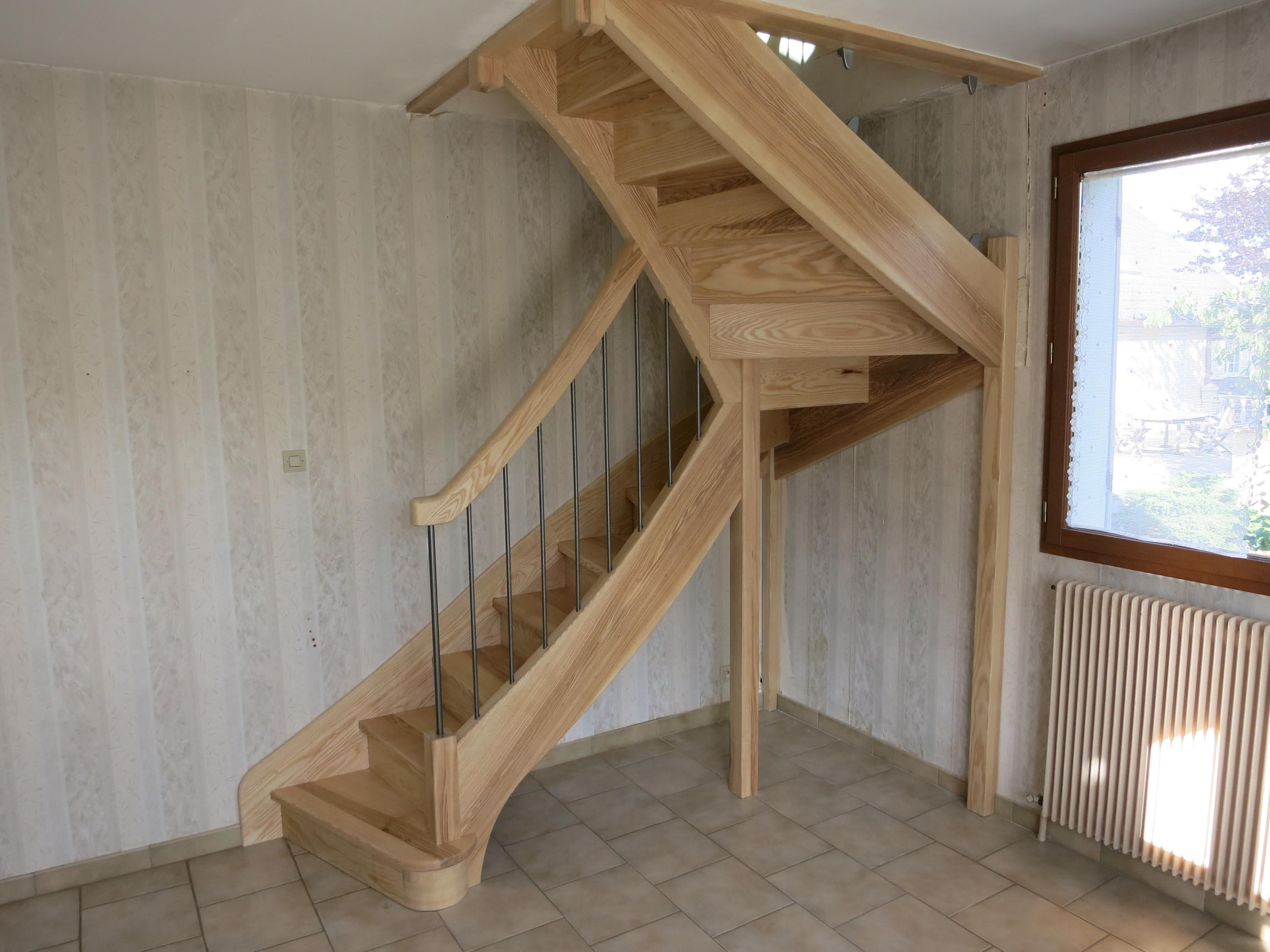 Bellefond Escalier en frêne rampe sur rampe