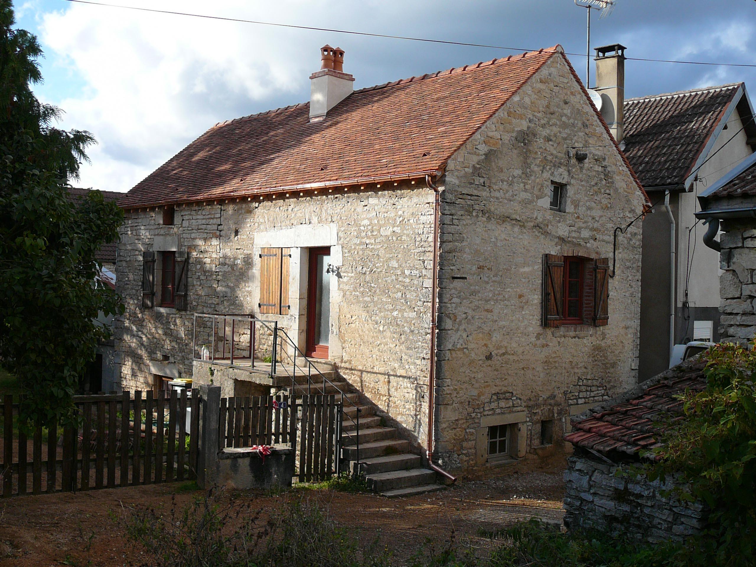 Maison le petit Jailly Couverture tuiles plates